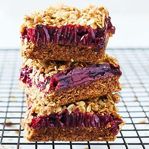 cranberry_crumble_bars-feature
