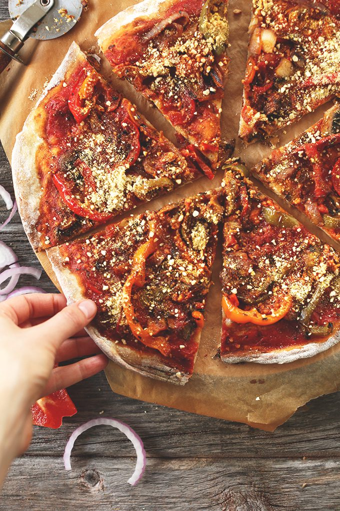 """<img src=""""pizza_topping.png"""" alt=""""my favorite vegan pizza"""">"""
