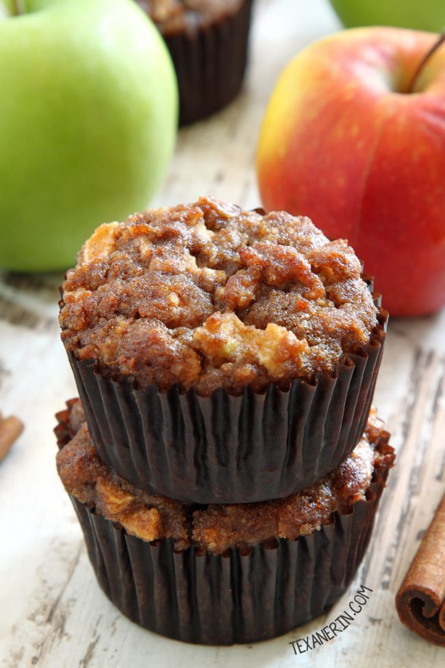 "<img src=""paleo_muffins.png"" alt=""Paleo apple maple muffins"">"