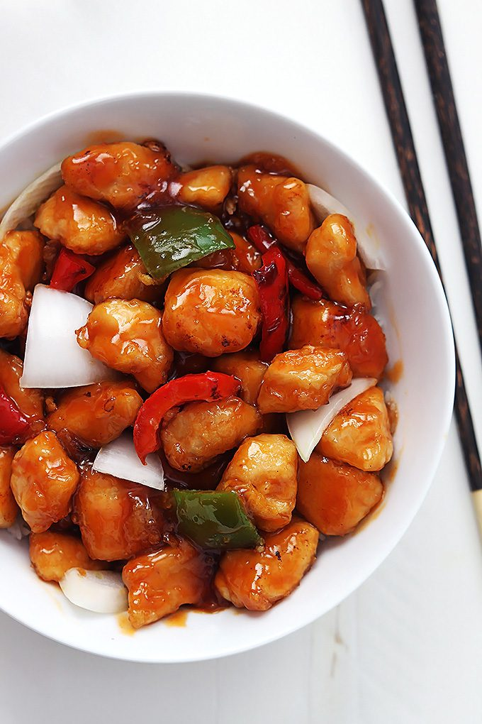 "<img src=""sweet and sour chicken.png"" alt=""sweet and sour chicken in a bowl"">"